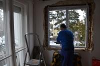 Műanyag ablakcsere tégla építésű házban a régi ablak bontásával